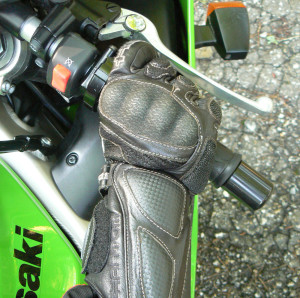Keep your right wrist in a comfortable down position for better control.